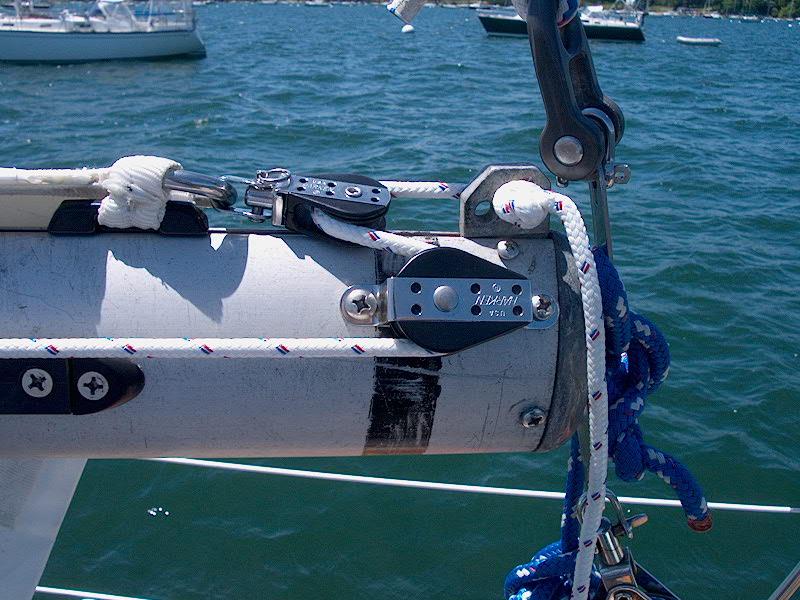 Pearson Triton #381 Glissando   Installing a New Outhaul